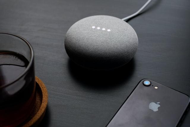 Google Home Mini – der smarte Sprachassistent für zu Hause